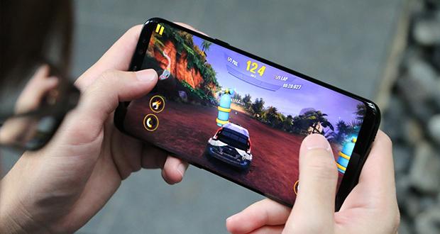 آشنایی با گوشی های مخصوص بازی (gaming)