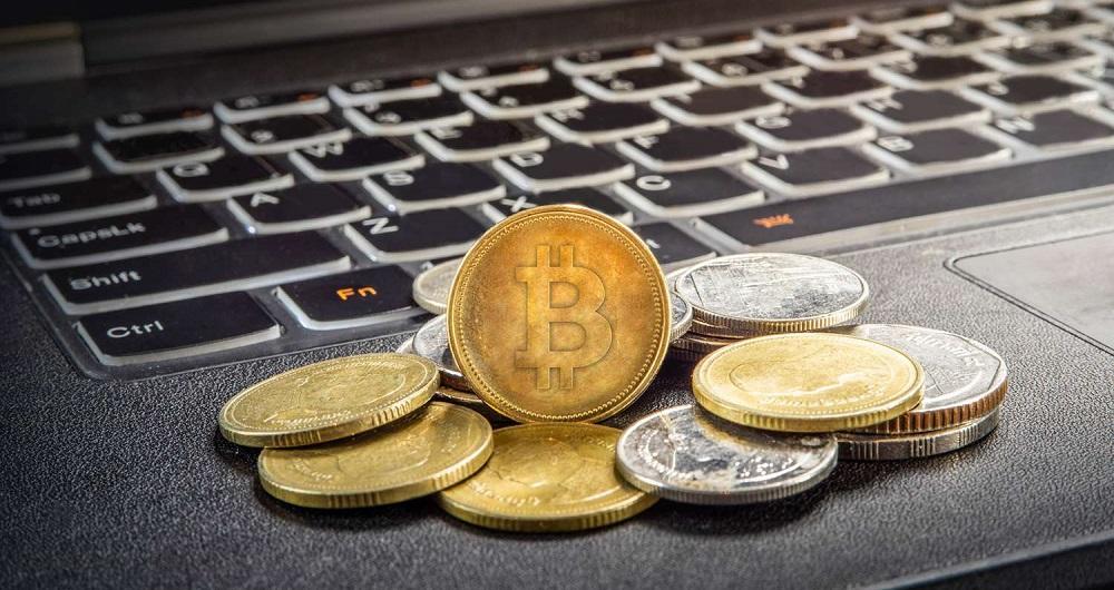تاریخچه بیت کوین | اولین ارز دیجیتال از کجا آمد؟