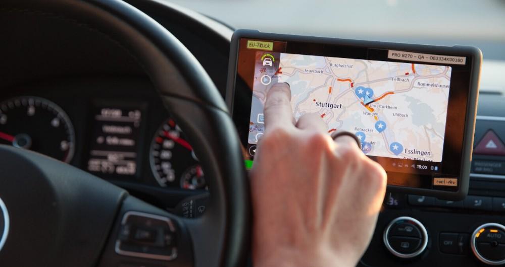 مفهوم تلماتیک (Telematics) و مزایای آن در رانندگی چیست؟
