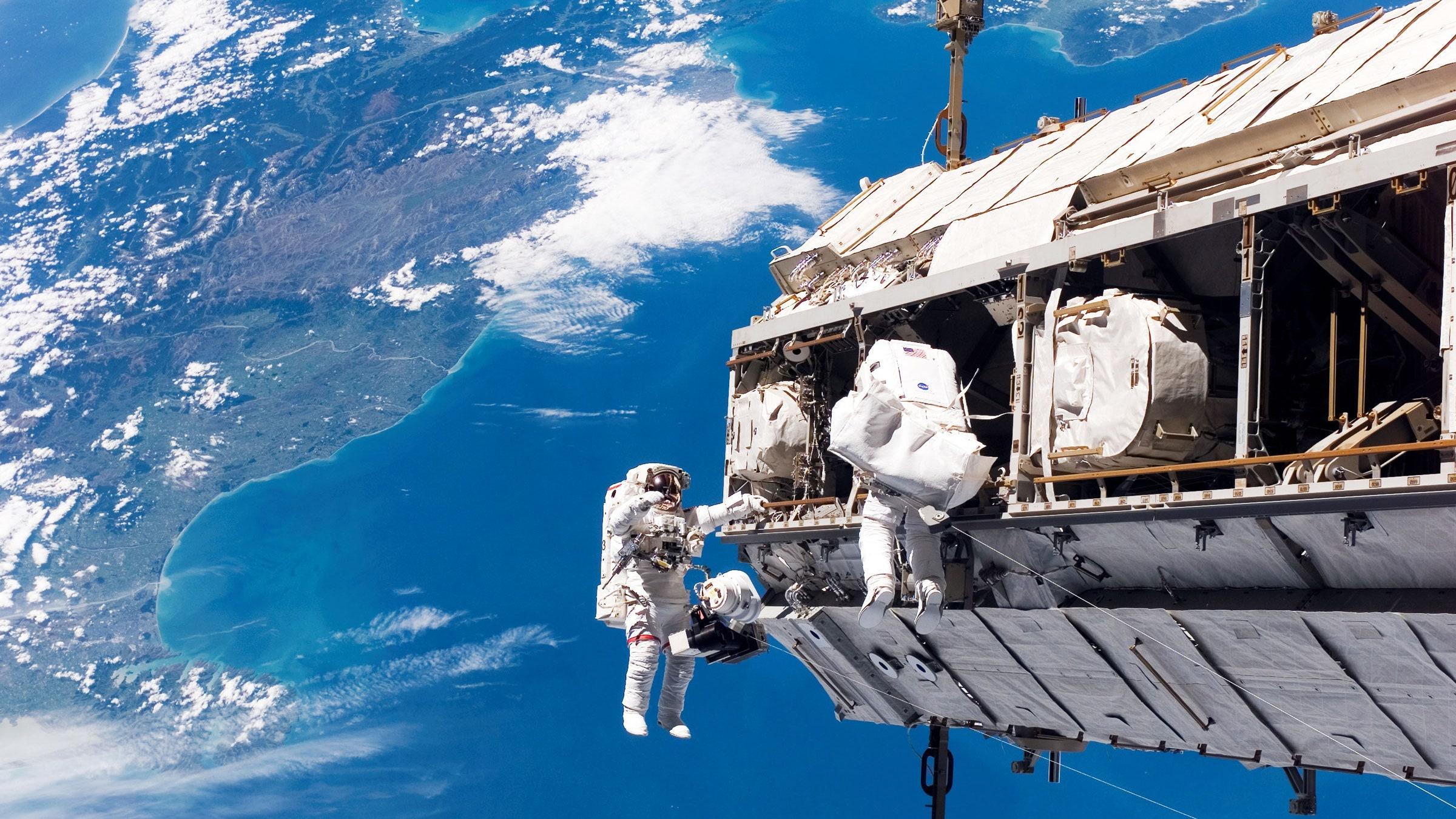 ناسا برای محافظت از فضانوردان در برابر امواج کیهانی فناوری خود را بهبود میبخشد