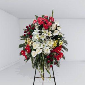 تاج گل قرمز