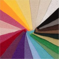 خرید                                     بسته ی 24 رنگی نمد ایرانی هنری ساز کد 1304